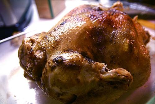 como hornear un pollo