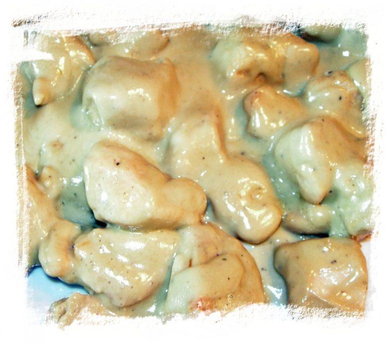 Tacos de pechuga de pollo bañada en queso cabrales